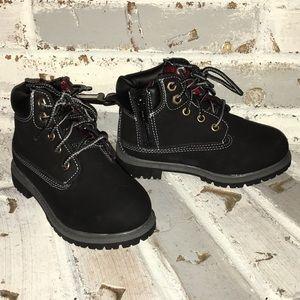 NWT Faded Glory Boots boys